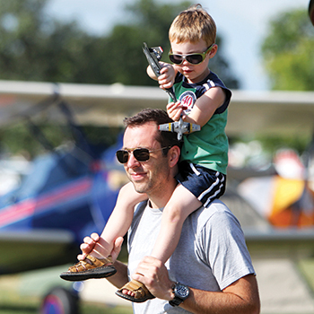 Free Youth Admission at AirVenture 2021