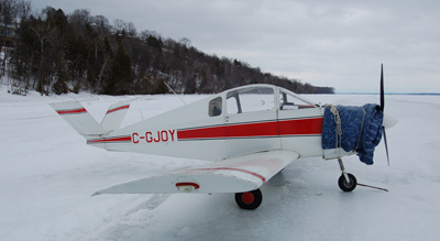 Canadian Aviators Do It on the ICE!